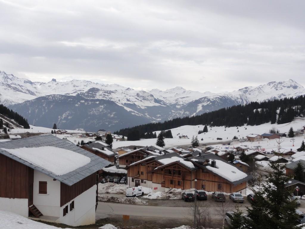 Chaine des Alpes depuis la station des Saisies